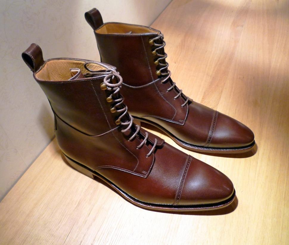 bottines homme j 39 ai eu un coup de coeur pour ces chaussures. Black Bedroom Furniture Sets. Home Design Ideas