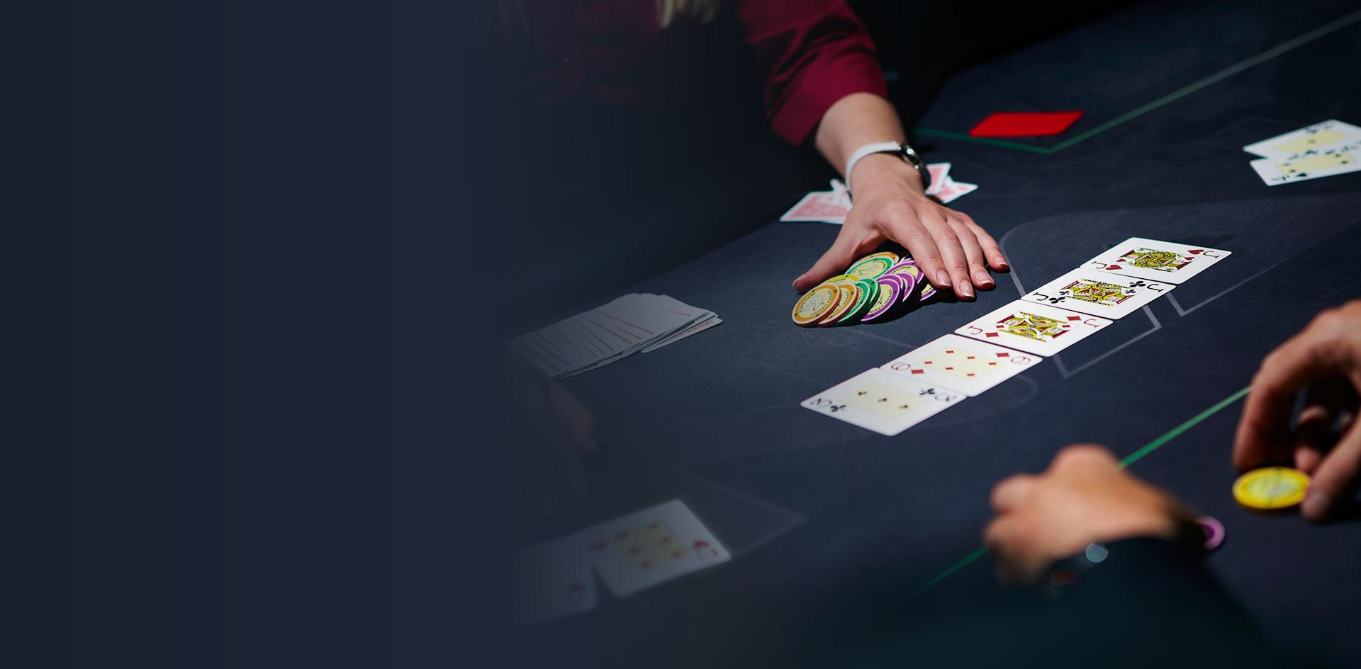 Casino en ligne : j'adore le poker et le black jack