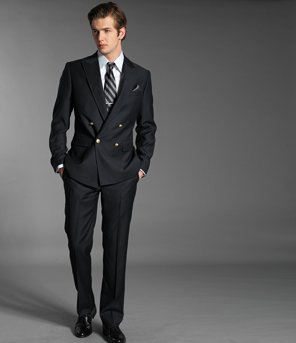Costume mariage homme   je vous aide à faire le bon choix. Choisir un  costume pour ... a6933b5e668